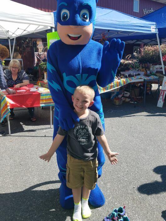 Fall Fest & Craft Fair Fundraiser Catboy and Joshua Fetterman 2017