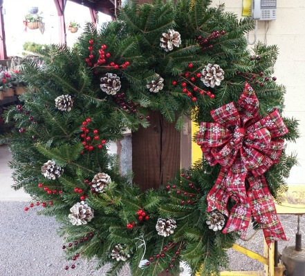 Herbeins Garden Center Holiday Custom Wreaths Lehigh Valley Emmaus Pa