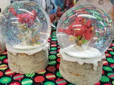 Christmas Cardinal Snow Globes