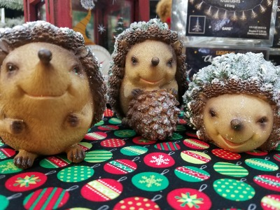 Christmas Glitter Hedgehogs
