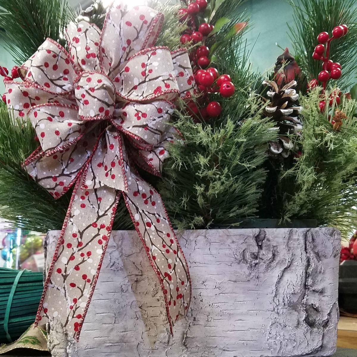 Herbeins Garden Center Christmas Centerpiece